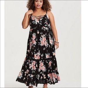 NWT Torrid Black Floral Lace-Up Maxi Dress. 4X.
